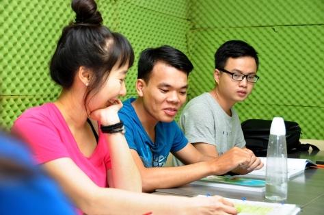Tran Anh Tuan in a CIA IELTS Class