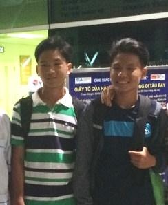 Trung (trái) - SMEAG