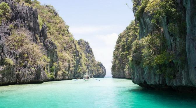 Check-in 10 thiên đường du lịch biển tuyệt đẹp của Philippines